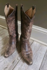 Circle G brown boots size 9 1/2 North East, 21901