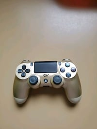 Sony PS4 Wireless Controller (GOLD)