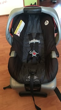 Baby's grey and black graco car sea carrier
