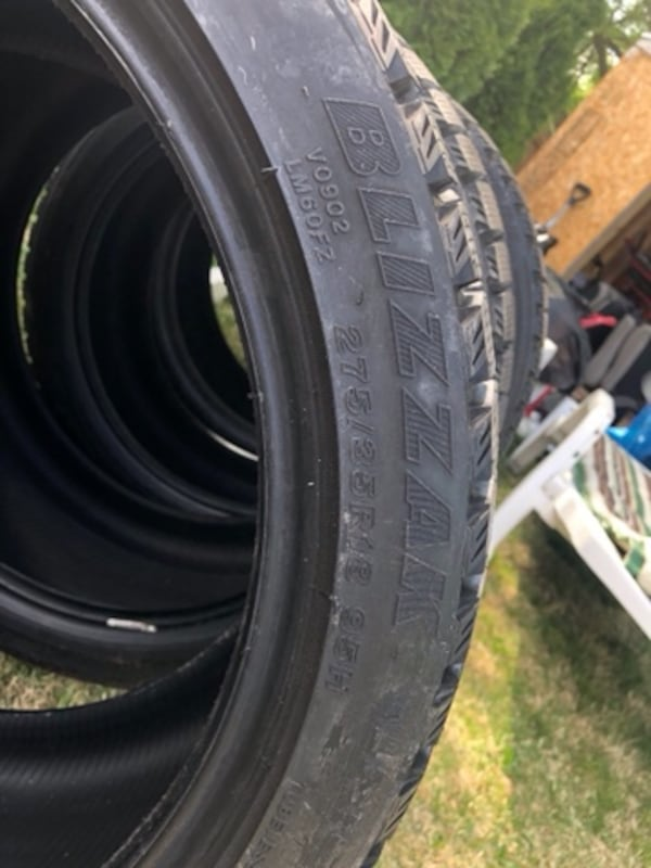 4 tires  Bridgestone Blizzak 3