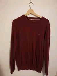 Tommy Hilfiger Long-sleeved Top Vancouver, V5N 1L7