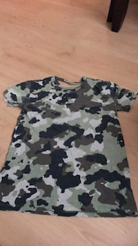 black and white camouflage crew-neck t-shirt Gatineau, J8Y 3M5