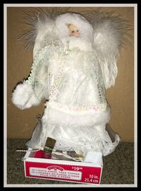 white and pink dressed doll トロント, M4C