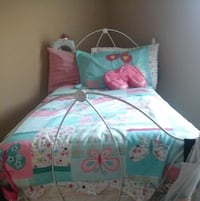 white and pink floral bed sheet Dallas, 75211