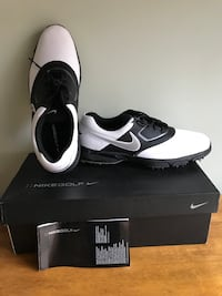 Nike Men's Golf Shoes. Size 10 Calgary, T2Y 3A1