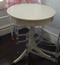 Shabby chic round white wooden pedestal table