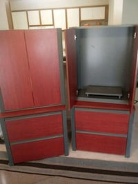 Two dressers 200 for both or 100 a pc..great condi Gainesville, 20155