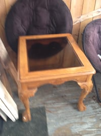 square brown wooden framed glass top table Coaldale, 18218