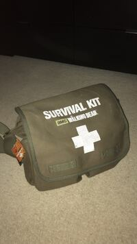 The Walking Dead Two Person Survival Kit