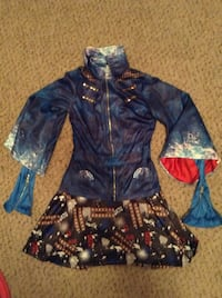 Descendants costume size 12-14 St. Clair Shores, 48082