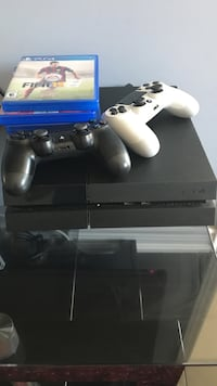 PS4 comes with two games Brampton, L6V 3S7