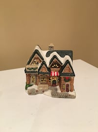 Three piece Christmas village Pickering, L1V 6S9