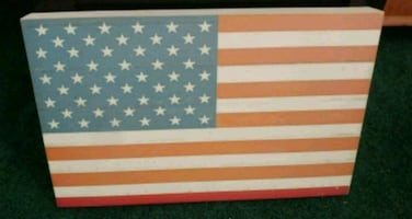 Wooden flag decor