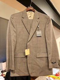 Mens suit 42r new with tags Baltimore, 21230