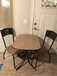Used Table And 2 Chairs For Sale In Moses Lake Letgo