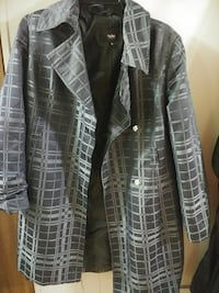 Women's medium-sized coat
