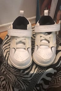 Kids Jordan shoes size 9c  Toronto, M1G 1P7