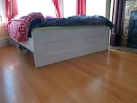Ikea queen bed  San Francisco, 94114