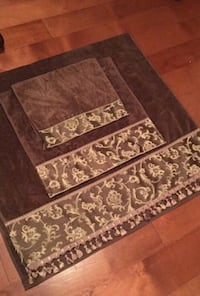 Brown and gold decorative bathroom towels Toms River, 08757