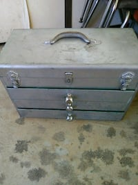 gray and black wooden chest box Wofford Heights, 93285