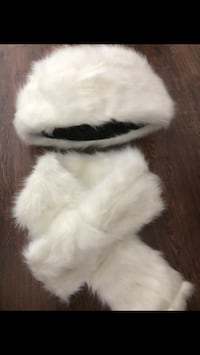 Fur set brand new