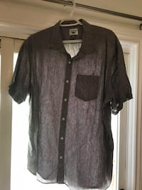 5 Extra Large Mens shirts  no stains or rips  just washed Welland