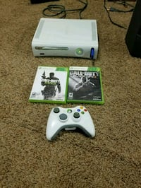 Xbox 360 with 2 games Spring Grove, 60081