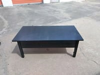 Coffee table  Houston, 77074