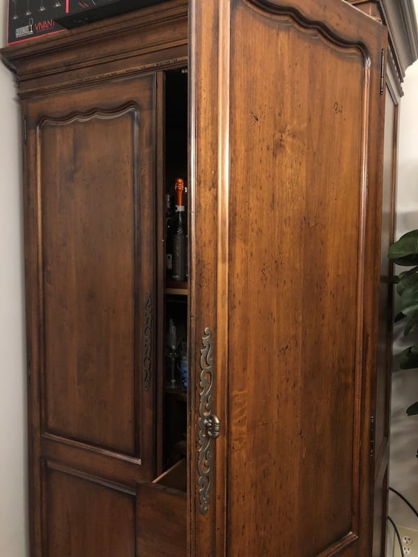 Antique Armoire, Great Condition 4