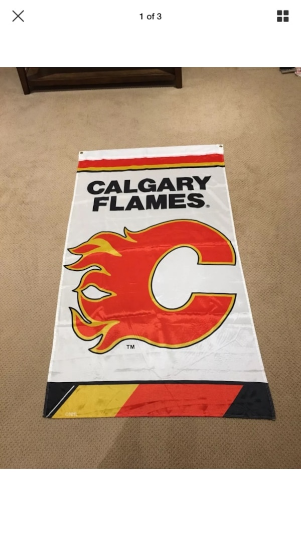timeless design f114a cba0e Calgary Flames Official Licensed NHL Vintage Banner