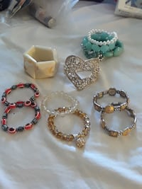 Bracelet nice quality good condition Clifton, 07011