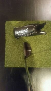 Cleveland putter and head cover