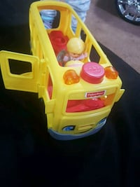 Fisher Price School bus little people