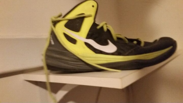 339e1e1c6d Used Nike Sneakers for sale in Hightstown - letgo