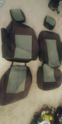 Jeep seat covers London, N6B 3P3