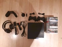 black Sony PS3 Slim with controllers Montreal, H1K