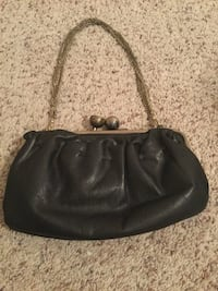 black leather 2-way handbag Springdale, 72762