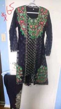 black and green floral dress size S, M Toronto, M1T 3N4