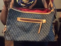 Gently used basically new dooney & bourke bag. Hyattsville, 20782
