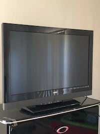 Vizio 32 inch 3D tv with Samsung 3D Blu-ray player(not pictured ) Troy, 48083