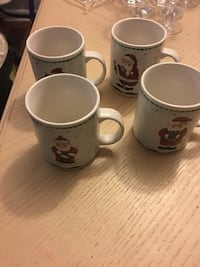 Large Christmas mugs Newmarket, L3X 2Y7
