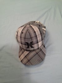 Hurley 7 1/2 fitted