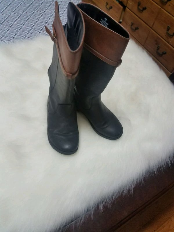 Toddler Size 13 Boots 141e3ab6-8f22-4233-95a2-aa0c8f9115f1