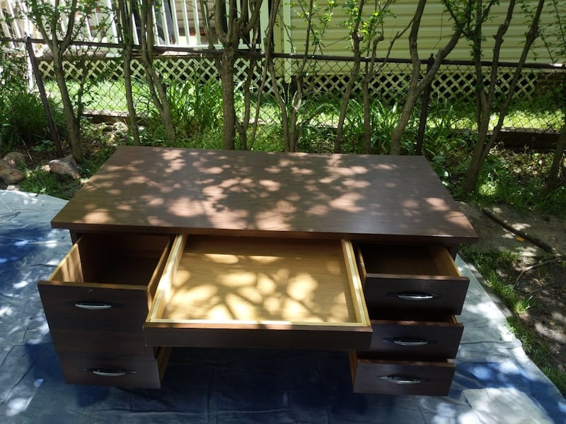 Desk: Mid Century Modern Brown Office Desk With 5 Storages. 9e050094-76a8-46aa-a1cd-eb14c353051d