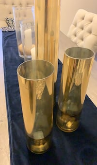 Gold pillar accent pieces for Christmas