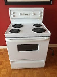"""30"""" electric stove excellent condition  MONTREAL"""