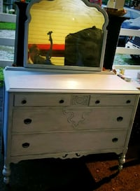 white and brown wooden dresser Charles Town, 25414