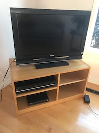 Tv with Tv stand and DVD player Edmonton, T6J 0E4