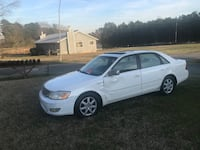 2000 Toyota Avalon XLS BUCKET Chapel Hill