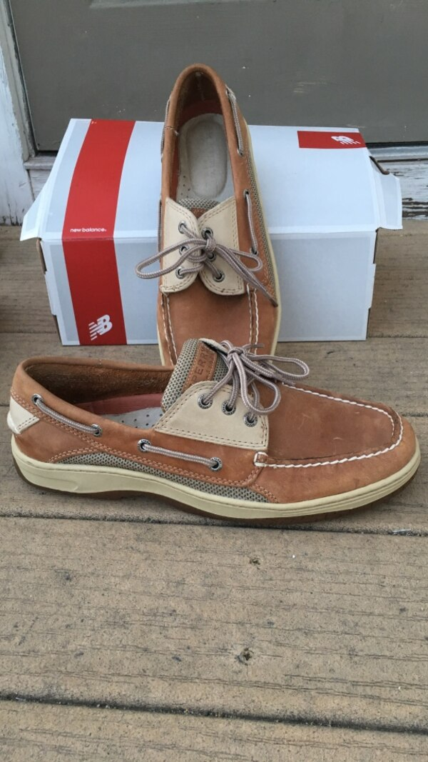 7f491b63009dc4 Used Brown boat shoes with box for sale in Newton - letgo